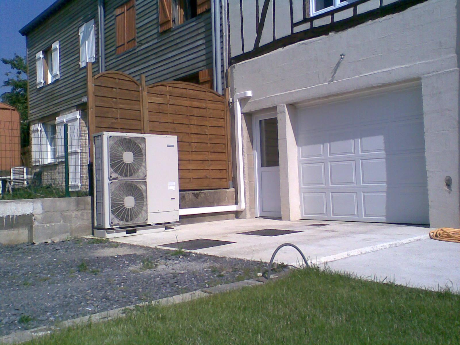 Pompe a chaleur solaire aed solaire chauffage solaire for Chauffer sa piscine au solaire